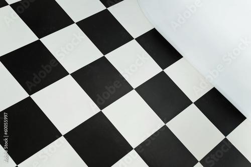 Carrelage damier noir et blanc salle de bain photo libre for Carrelage damier noir et blanc