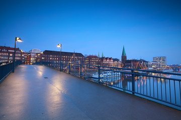 Fototapete - bridge over river in Bremen