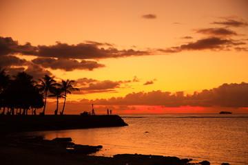 Fotobehang Schip ハワイの夕日
