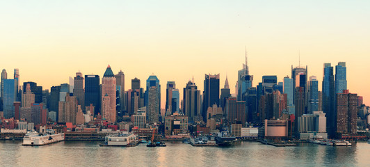 Fototapete - New York City sunset
