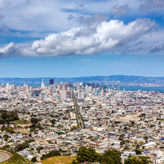 San Francisco skyline from Twin Peaks in California