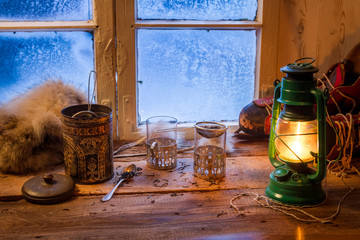 Fototapete - Cottage on a frozen day in winter