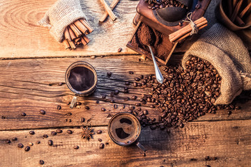 Fototapete - Enjoy your coffee made of grinding grains
