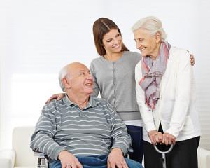 Wall Mural - Familie mit Senioren zu Hause