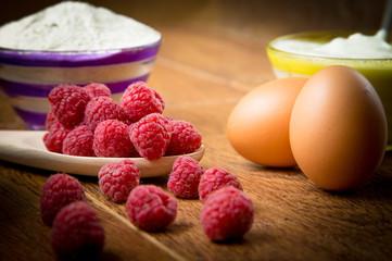 Fototapete - Raspberry cake with yoghurt