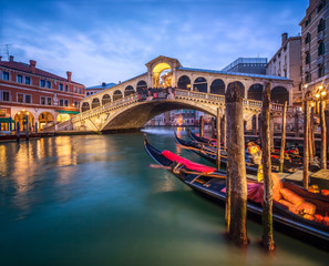 Foto op Plexiglas Venetie Ponte di Rialto in Venedig