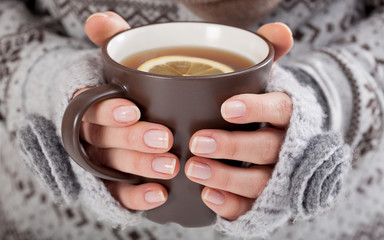 Printed roller blinds Tea Woman hands with hot drink