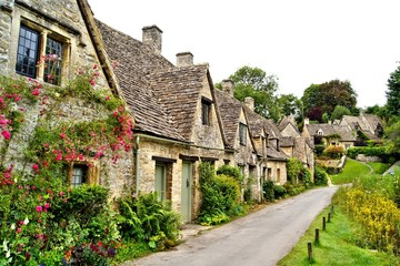 Wall Mural - Houses of Arlington Row in the village of Bibury, England