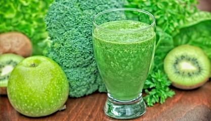 Freshly prepared green smoothie