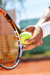 Lamas personalizadas con tu foto hand with tennis ball and racket