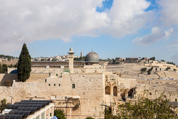 The dome of mousque of Al-aqsa and Mount Olives