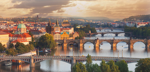 Poster de jardin Europe de l Est Prague, view of the Vltava River and bridges