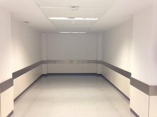 Cuarto vacio de hospital arquitectura