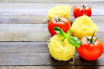 pasta and fresh tomatoes