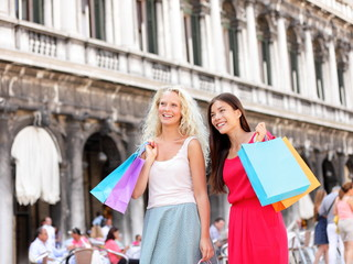 Aufkleber - Shopping women - girl shoppers with bags, Venice