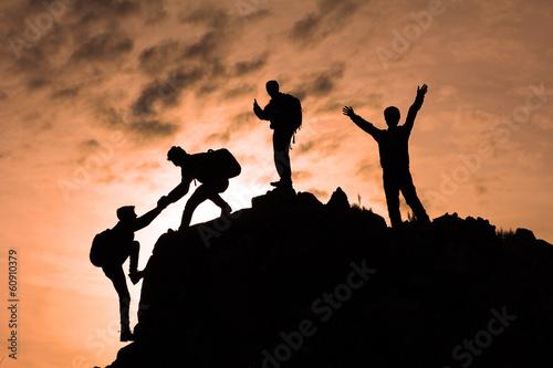 Wall mural birlik beraberlik & zirve mutluluğu