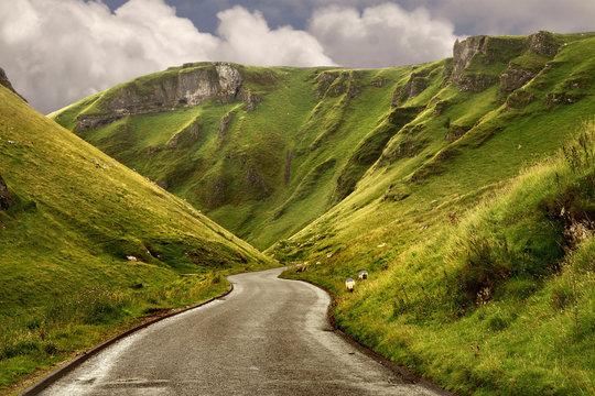 The road at Winnats Pass