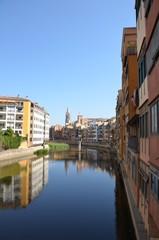 Girona, Espagne, reflet des façades colorées
