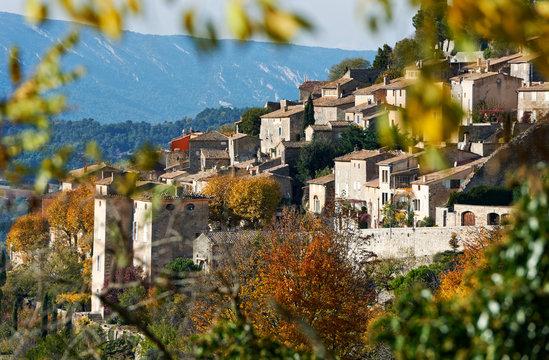 Village Bonnieux in Provence