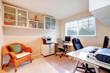 Neutral colors office room