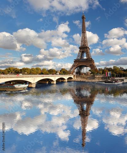 Wall mural Eiffel Tower with bridge in Paris, France