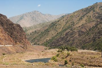 Paysage, Ouzbékistan, avant vallée du Fergana