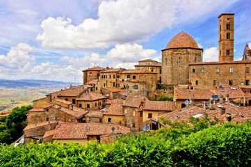 Wall Mural - View over the medieval hill town of Volterra, Tuscany, Italy