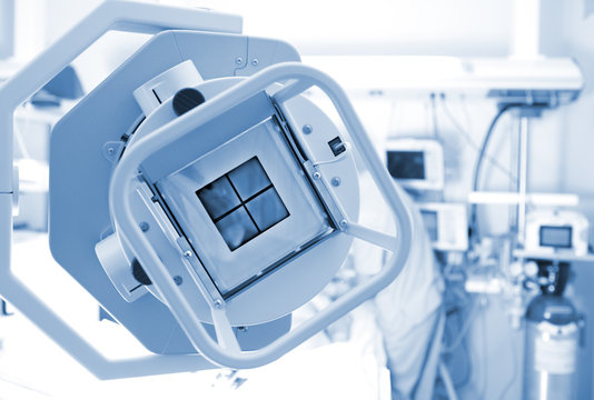 X-ray machine in the ICU ward