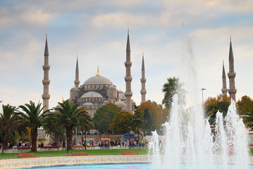 sultanahmet mosque and fountain in istanbul