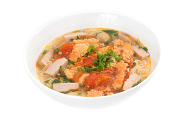 Bun Rieu Meat rice vermicelli soup, served with tomato broth and