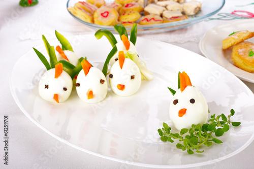 Gekochte Eier Bemalen : gekochte eier stockfotos und lizenzfreie bilder auf ~ Watch28wear.com Haus und Dekorationen