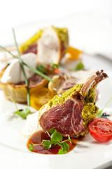 Spoed Foto op Canvas Klaar gerecht Lamb Chops and Vegetables
