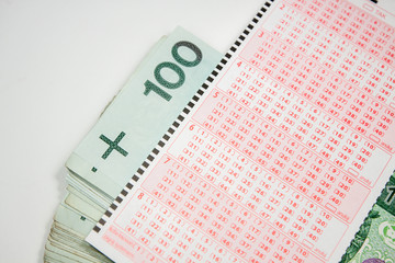Lotto form of the Polish currency