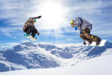 Fototapete - doppio salto in valle