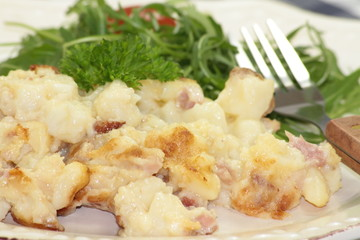 tartiflette et salade