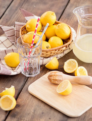 Preparing lemonade