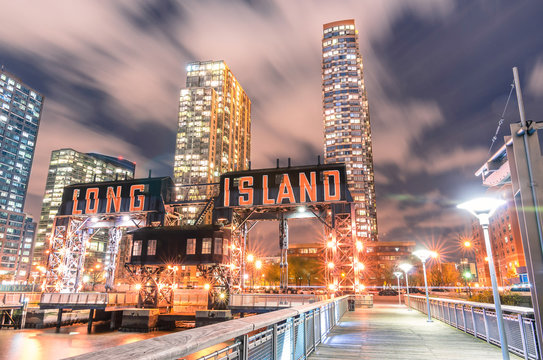 Pier of Long Island near Gantry Plaza State Park - borough of Qu