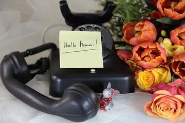 Telefon mit Blumen
