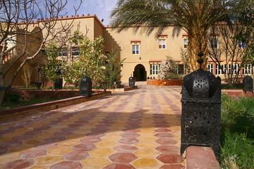 jardin dans une cour intérieure