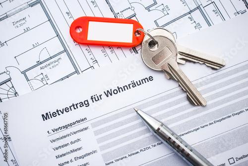 Mietvertrag Für Wohnräume Stockfotos Und Lizenzfreie Bilder Auf