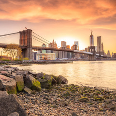 Fotomurales - Brooklyn Bridge at sunset