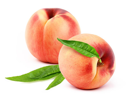 peaches with leafs