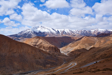 imalaya mountain landscape at the Manali - Leh highway, India