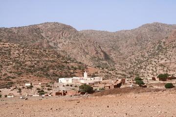 village dans les collines
