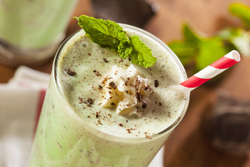 Foto op Textielframe Milkshake Cold Refreshing Mint Chocolate Chip MilkShake