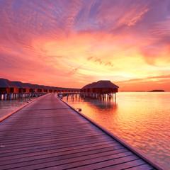 Poster Crimson Sunset at Maldivian beach