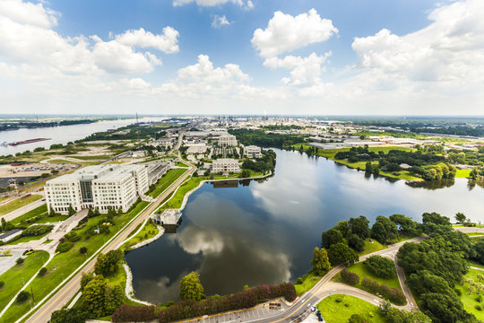 aerial of baton Rouge with Missisippi river