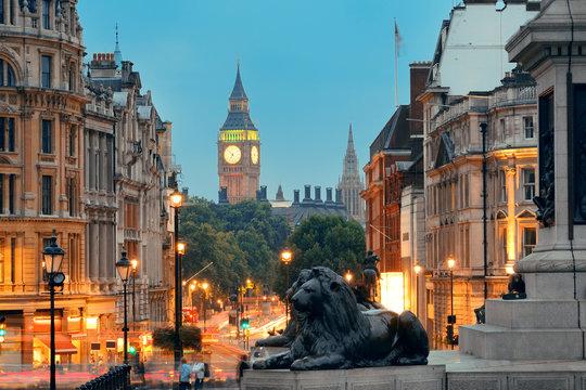 Street view of Trafalgar Square