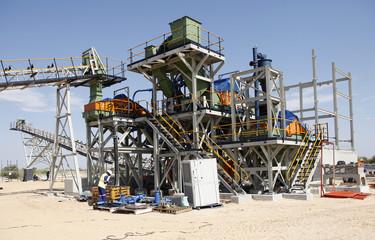 Industrial diamond mining plant under construction