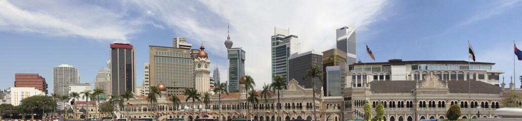 Fotobehang Kuala Lumpur Kuala Lumpur Skyline from Merdeka Square Panorama